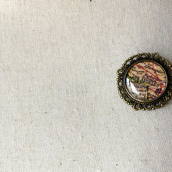 Los Angeles Old Map pin brooch - Los Angeles pin - Los Angeles brooch - Los Angeles Jewelry - Wanderlust - Gift for travellers - Souvenir