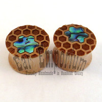 """Honeycomb Abalone Inlay Maple Plugs - PAIR - 7/16"""" (11mm) 1/2"""" (13mm) 9/16"""" (14mm) 5/8"""" (16mm) 3/4"""" 7/8"""" 1"""" 28mm 30mm 32mm 38mm Ear Gauges"""