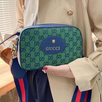 GUCCI GG canvas embroidered letters ladies cosmetic bag shoulder bag chain messenger bag