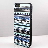 Aztec Snap on Case Cover for Apple Iphone 5 Cellphone Case