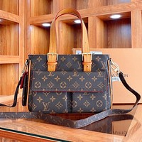 Louis Vuitton LV simple and versatile camel bag portable shoulder bag