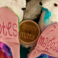 State Mitts -Totes Magoats - Whimsically Fun Mittens - Stick 'em up and make a Statement, Keep your fingers