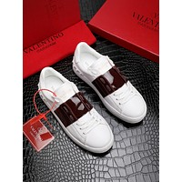 VALENTINO Classic little white shoes