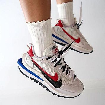 Sacai X Nike VaporWaffle White grey red running shoes