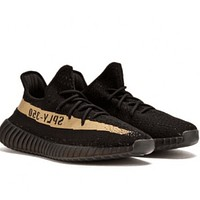 Yeezy 350 V2 Boost Adidas  Men and Women Classic 2018 Hot Tide Brand Casual Fashion Sneakers F