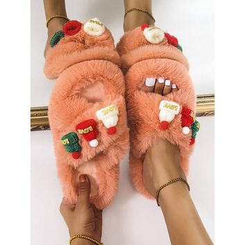 Fuzzy Appliques Decor Crossover Slippers