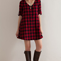 Penelope Button Down Plaid Tunic Dress: Red & Black