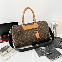 LV Louis Vuitton monogram embossed solid color handbag shoulder bag messenger bag