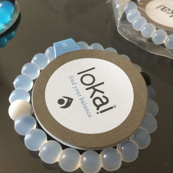 Shopnelo Lokai Supports Make-A-Wish  Bracelet give away  (clear white)