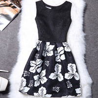 Classic Black and White Hibiscus Flower Spring Easter Sleeveless Dress