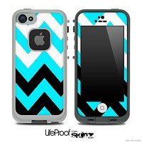 Chevron Pattern Turquoise Black and White Skin for the iPhone 5 or 4/4s LifeProof Case