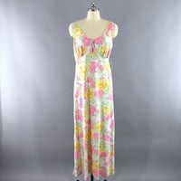 Vintage 1960s Pink Floral Print Long Nightgown