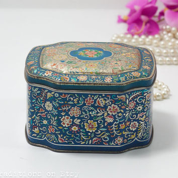Vintage Lidded Tin Container with Lid, Tin Tea Box / Candy Box / Kitchen Storage Container, Made in England, Marked George W. Horner
