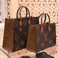 Louis Vuitton LV Onthego GM Women Trendy Shopping Leather Tote Handbag Shoulder Bag