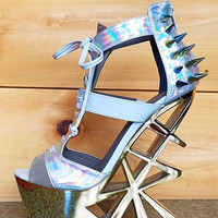 Novice Silver Hologram Spiked Geo Cut Out Gold Heel Wedge size 5.5