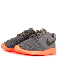 New Arrivals - Nike Roshe Run - Grey Beach Crimson - DTLR - Down Town Locker Room. Your Fashion, Your Lifestyle! Shop Sneakers, Boots, Basketball shoes and more from Nike, Jordan, Timberland and New Balance