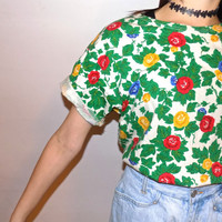 Vintage 60s // 70s Bright Floral Printed Hippie Boho Over Sized Comfy T-shirt