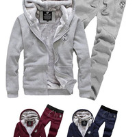 2014 Fashion New Autumn&Winter Hoodies Sweatshirts With Pants,Outerwear Hoodies Clothing Men.Clothing Sets Sports Suit Men