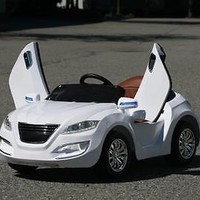 New Premium Edition Henes M7 Style Kids Ride On Car With RC-White