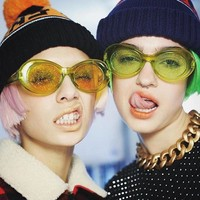 Small Oval Sunglasses Women Shiny Lenses Red Yellow Pink Purple Clear Frame Cool Fashion Ladies Glitter Transparent Sexy Shades