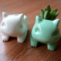 Kawaii Pokemon Ceramic Flowerpot Bulbasaur Planter Cute White / Green Succulent Plants Flower Pot With Hole Cute Free Shipping