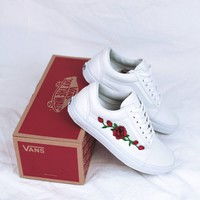 Vans Classics Old Skool Rose Embroidery All White Sneaker - (Hand embroidery)