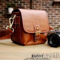 Brown Vintage Stylish PU Leather Camera Bag DSLR Shoulder Strap Messenger Bag