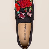 Dirty Laundry Jiana Embroidered Sneaker