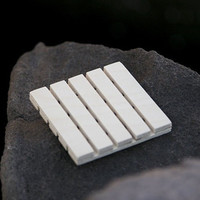 Double- sided birch wood soap dish