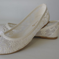 """PEARL Lace Bridal Flats Wedding shoes 1006 with my  hand-knitted gift:  """"Bridal wedding dance shoes slippers, Bridal Party Bridesmaid"""""""