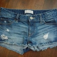 EXPRESS 00  Blue Medium Wash Denim Jean Shorts Cutoff Frayed Distressed Flat
