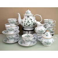 15 Piece Shamrock Porcelain Tea Set