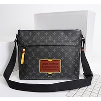 lv mens zipper shoulder bag crossbody bag handbag mens business bag classic clutch bag 21