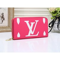 """LV""Louis Vuitton wild fashion simple print zipper double card long wallet Pink"