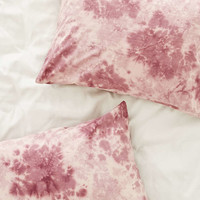 4040 Locust Lennon Tie-Dyed Pillowcase Set - Urban Outfitters