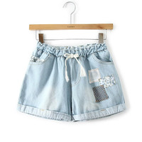 Elastic Waist Lace-up Patch Embroidered Denim Shorts