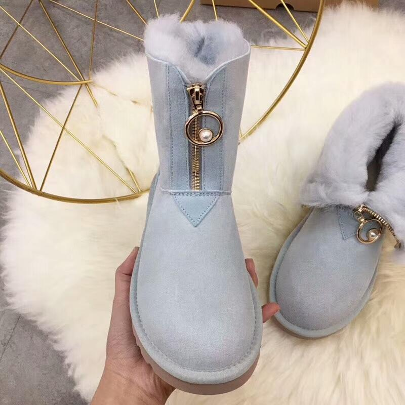 Image of UGG 2018 winter new trend female models in the tube warm and velvet snow boots
