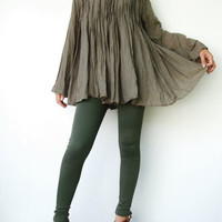 NO.93    Greyish Green Cotton Pintuck Front Blouse Pleated Front Detail Top