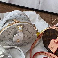 LV new classic old flower round cake bag shoulder bag messenger bag