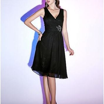 Fit & Flare V Neck Knee Length Chiffon Little Black Dress Cocktail Party Dress with Beading / Ruched by TS Couture®