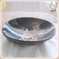 Triquetra Polished Horn Ritual Bowl