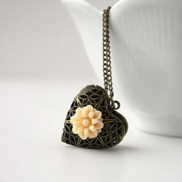 Antique Gold and Yellow Resin Flower Locket Pendant - Romantic Vintage Style Keepsake Jewelry - Shabby Chic - Valentine's Day Gift Idea