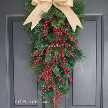 Red Holly Berry Christmas Teardrop Wreath