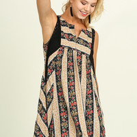 Cottage on the Lake Dress - Black