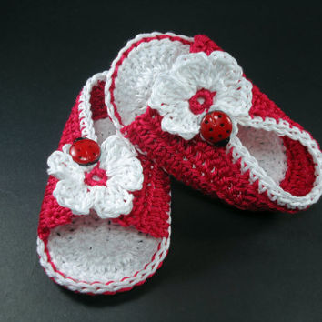 """Crochet Baby sandals, Summer sandals, Custom baby shoes, Fashion baby, Baby accessories with ladybug application - Red - Up to 12 cm (4.7"""")"""