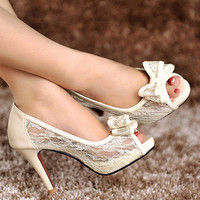 Handmade ivory white lace genuine leather wedding shoes Bride / Bridesmaids shoes transparent crystal sandals  high heels lace shoes