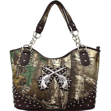 * Concealed Carry Realtree® Camouflage Handbag In Brown