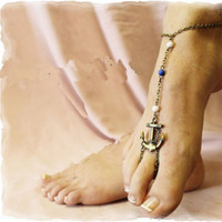 Multi-color beads anchor chains