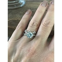A Perfect 1.8CT Round Cut Solitaire Russian Lab Diamond Engagement Wedding Ring