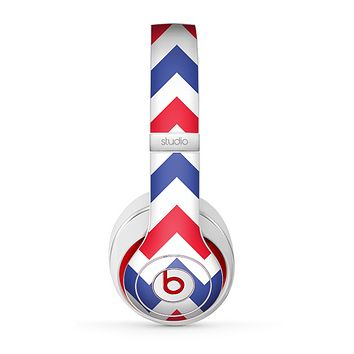 The Patriotic Chevron Pattern Skin for the Beats by Dre Studio (2013+ Version) Headphones